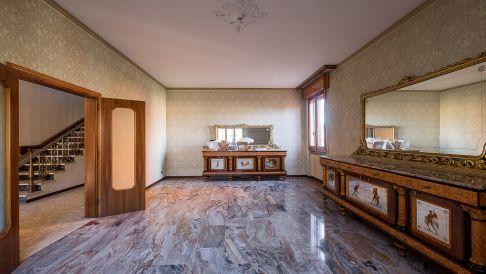 Haus Imm. Pianoro Via Ariosto-02