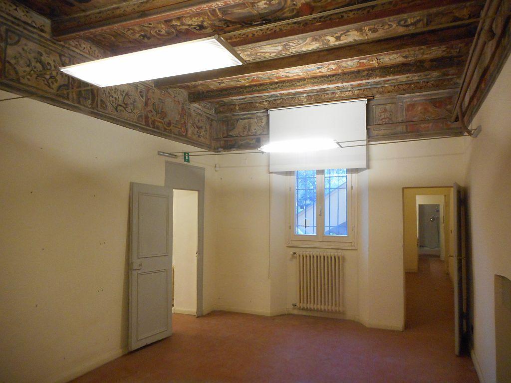 Via Santo Stefano,Centro Sud,3 Rooms Rooms,Commerciale,1066