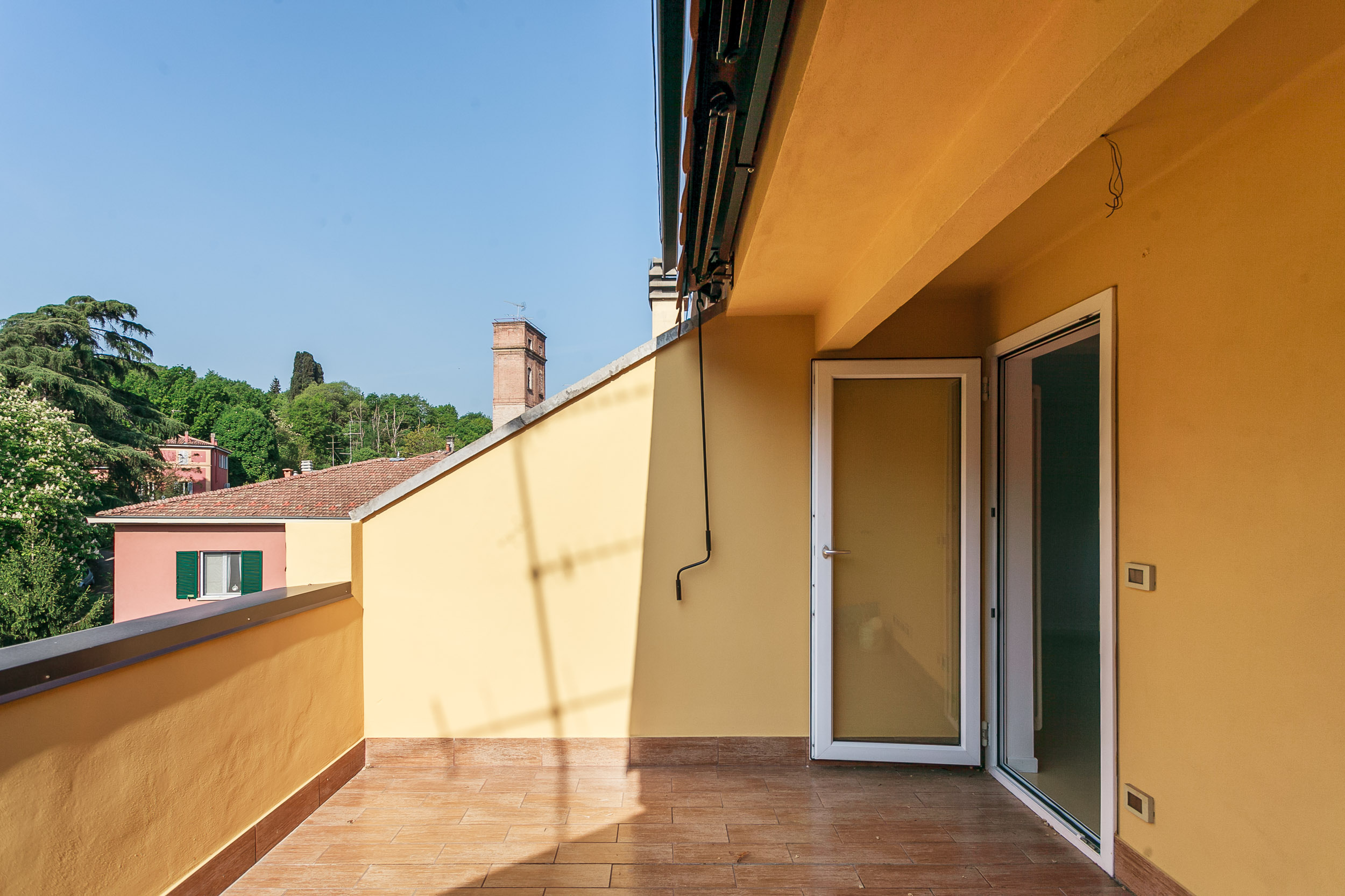 Via Vallescura,Bologna Ovest,6 Rooms Rooms,Residenziale,1091