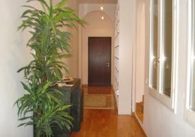 Via d'Azeglio,Centro Sud,4 Rooms Rooms,Residenziale,1096