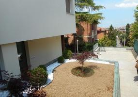 Via Borselli,Bologna Ovest,9 Rooms Rooms,Residenziale,1155