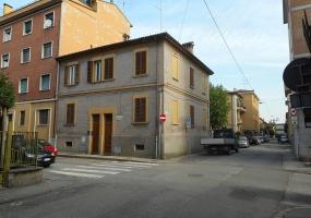 Via Calvart,Bologna Nord,6 Rooms Rooms,Residenziale,1169