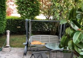 Via Scandellara,Bologna Est,6 Rooms Rooms,Residenziale,1171