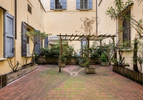 Via Galliera,Centro Nord,7 Rooms Rooms,Residenziale,1196