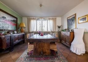 Zola - Via Carducci,Fuori Bologna,8 Rooms Rooms,Residenziale,1214