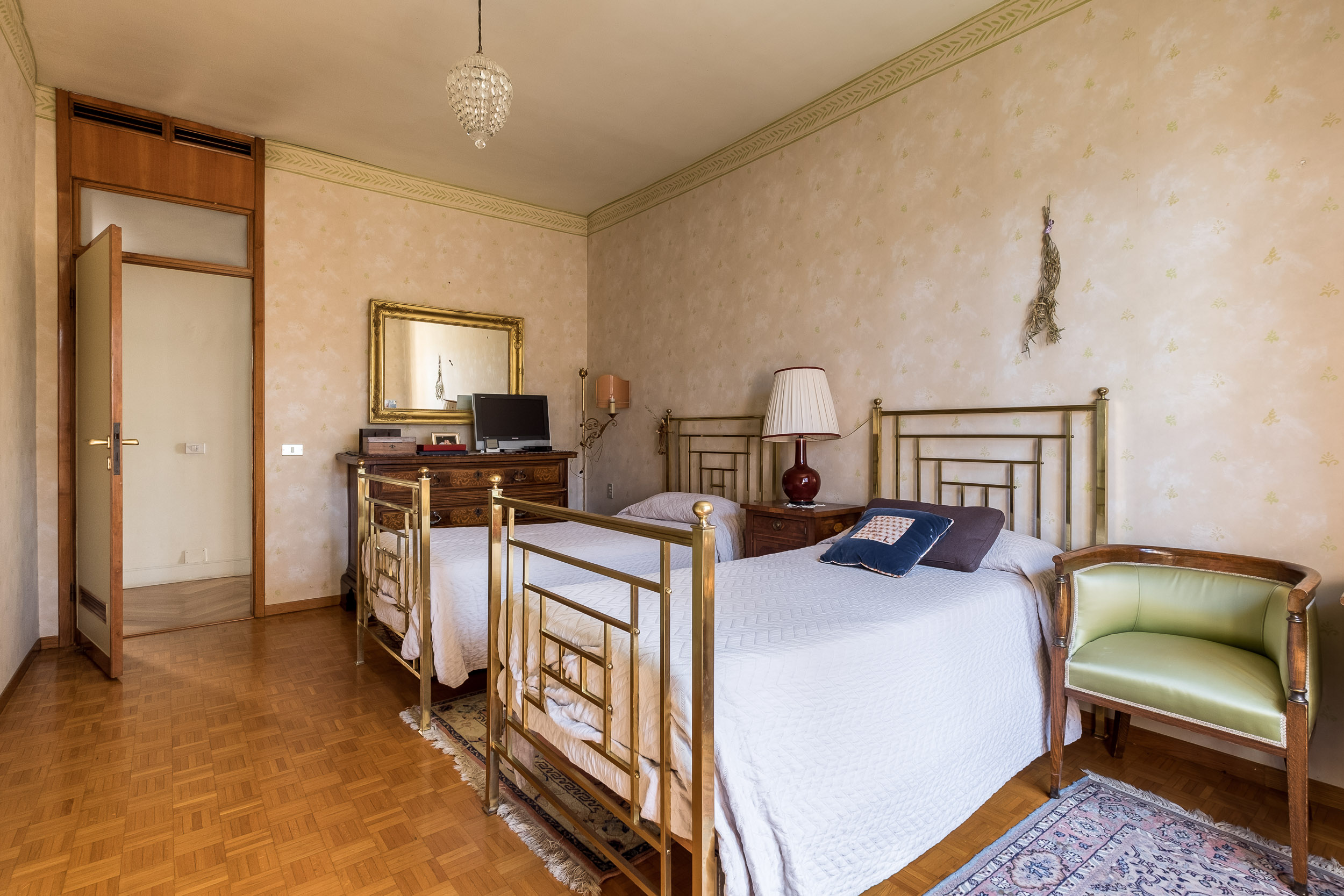 Via Siepelunga,Bologna Sud,10 Rooms Rooms,Residenziale,1220