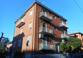 Via Garibaldi,Fuori Bologna,3 Rooms Rooms,Residenziale,1224