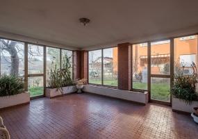 Via Ariosto,Fuori Bologna,12 Rooms Rooms,Residenziale,1244