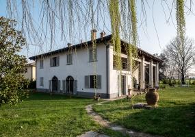 Via Marana,Fuori Bologna,8 Rooms Rooms,Residenziale,1059